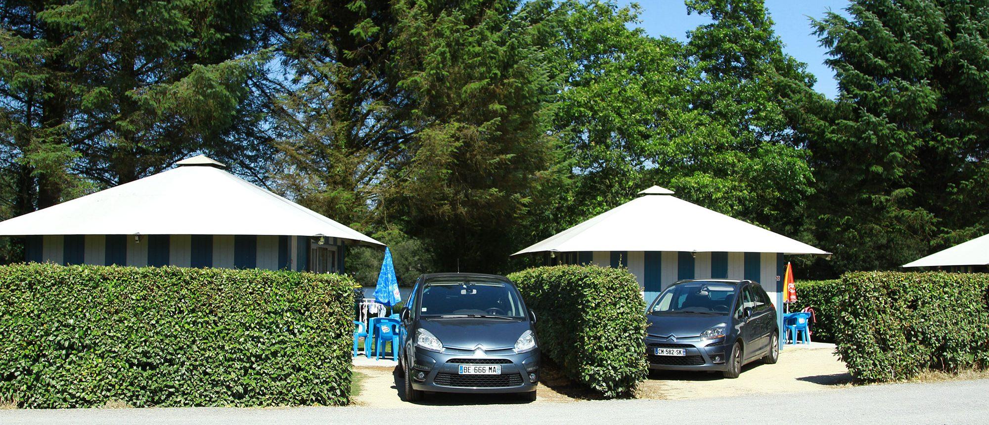 location au camping à proximité du parc d'attraction en Bretagne
