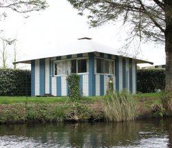 location cabane au camping à proximité du parc d'attraction en Bretagne