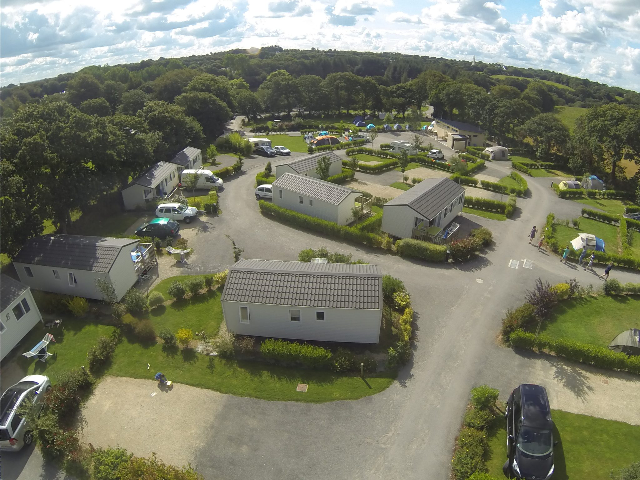 location mobilhome au camping à proximité du parc d'attraction en Bretagne