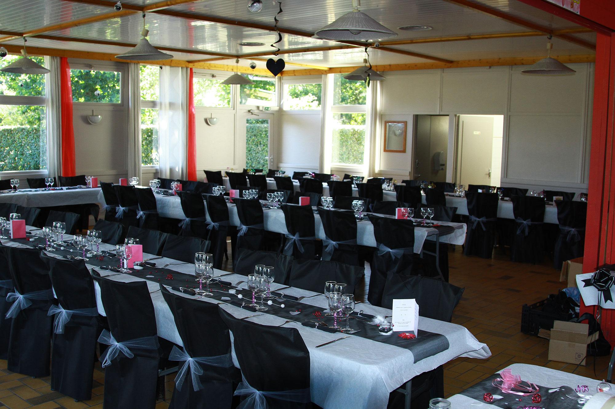 salle de réception au camping à proximité du parc d'attraction en Bretagne
